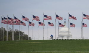 สหรัฐฯ มีผู้ป่วยโควิด-19 ทะลุ 2 แสนราย ประเทศแรกของโลก